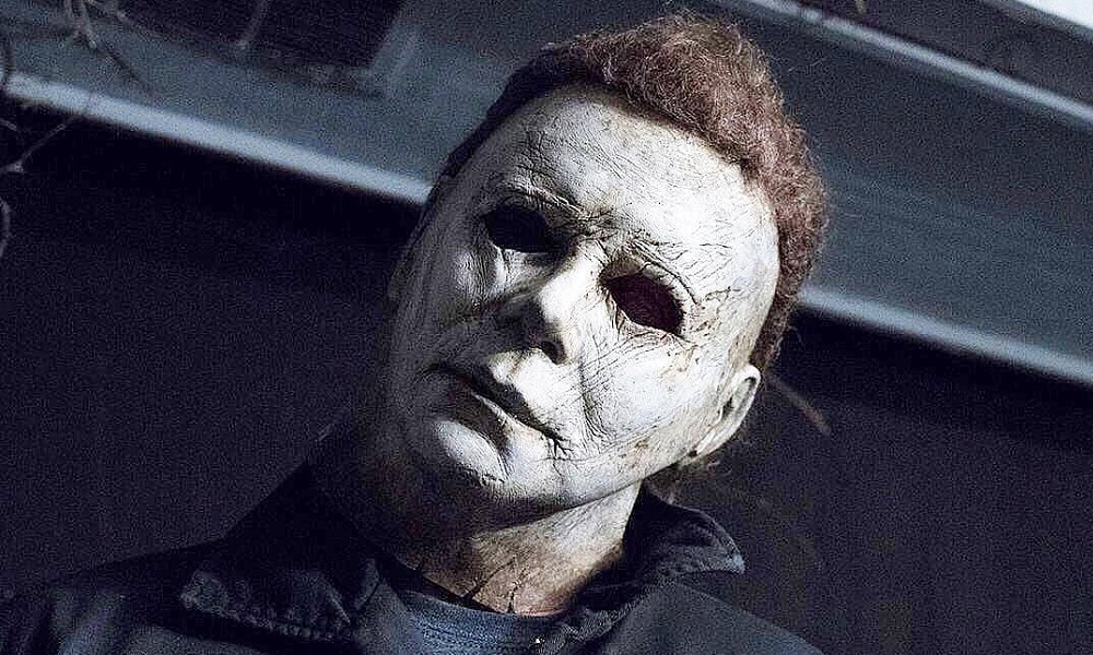 James Jude Courtney Goes Full-Tilt Boogeyman in New 'Halloween' Photo