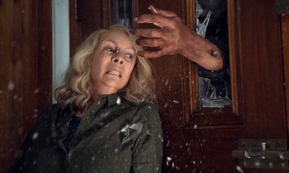Watch Michael Myers Attack Laurie Strode in First Halloween Clip