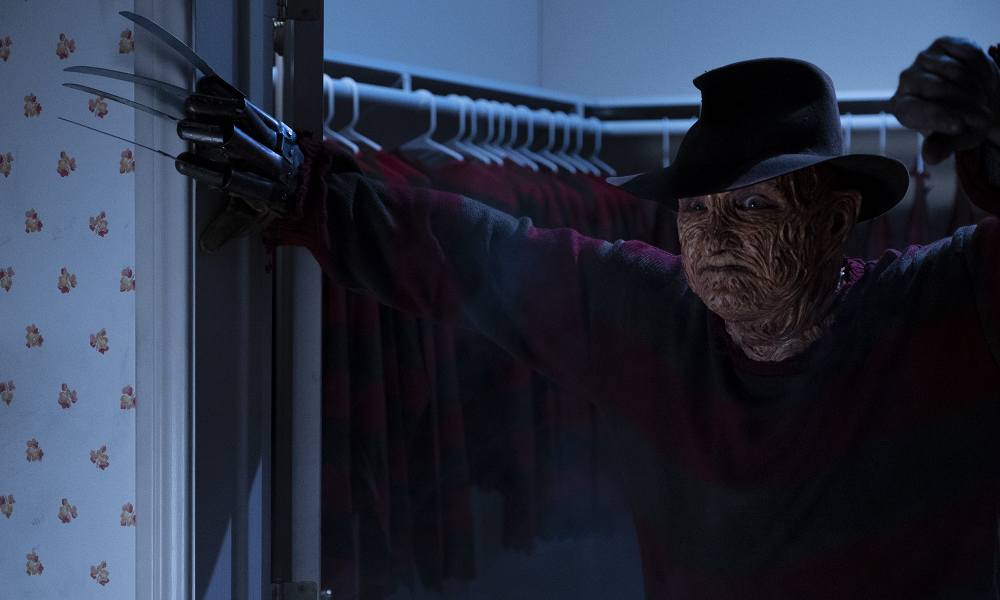 """First Images of Robert Englund as Freddy Krueger in """"The Goldbergs"""" TV Series!"""