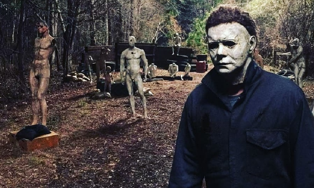 Michael Myers Hangs Out With Manikins in New Behind-the-Scenes photos from 'Halloween'
