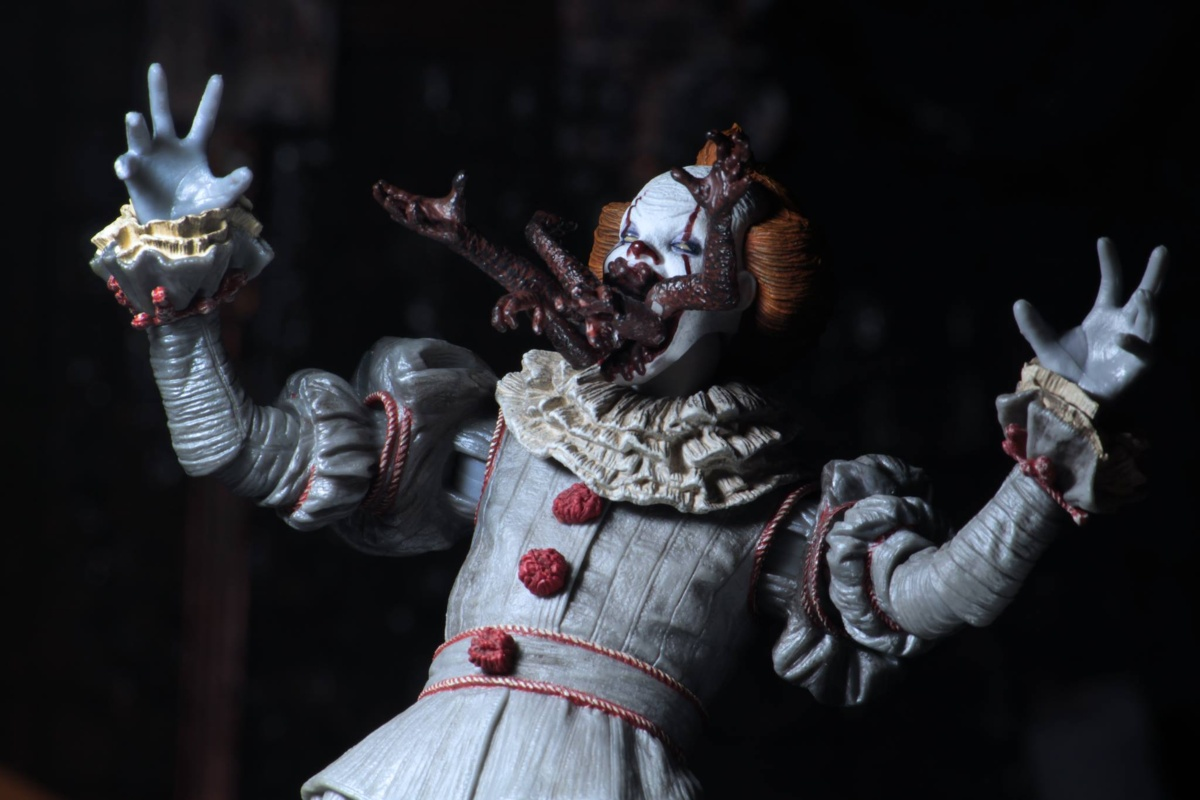 Pennywise The Dancing Clown 4