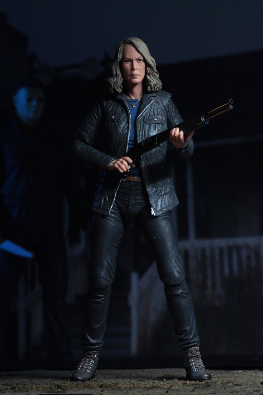Ultimate Laurie Strode Action Figure 9