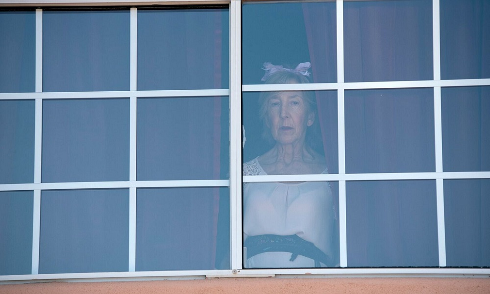 Lin Shaye Wields a Knife on the 'Room for Rent' Official Poster Artwork