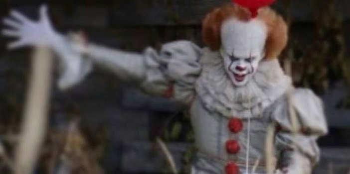 Another Look at Pennywise From Andy Muschietti's 'IT' Remake