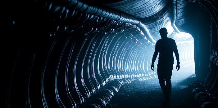 """Ridley Scott Says 'Alien: Covenant' """"will scare the living sh*t out of you"""""""