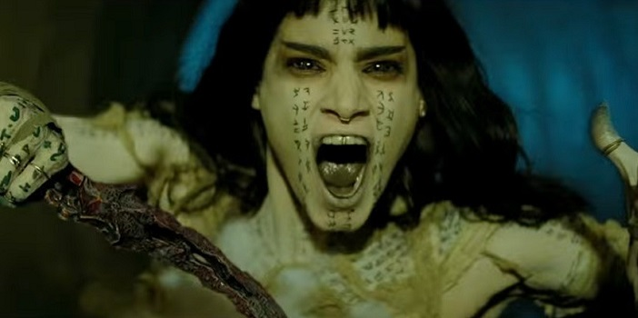 Tom Cruise Fights the Ahmanet in Universal's 'The Mummy' New Clip