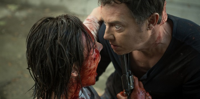 New Images for Patricio Valladares' 'Nightworld' Reveal Bloodshed