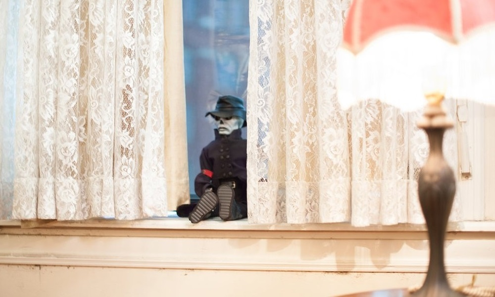 Blade Comes to Life in 'Puppet Master: The Littlest Reich' Clip
