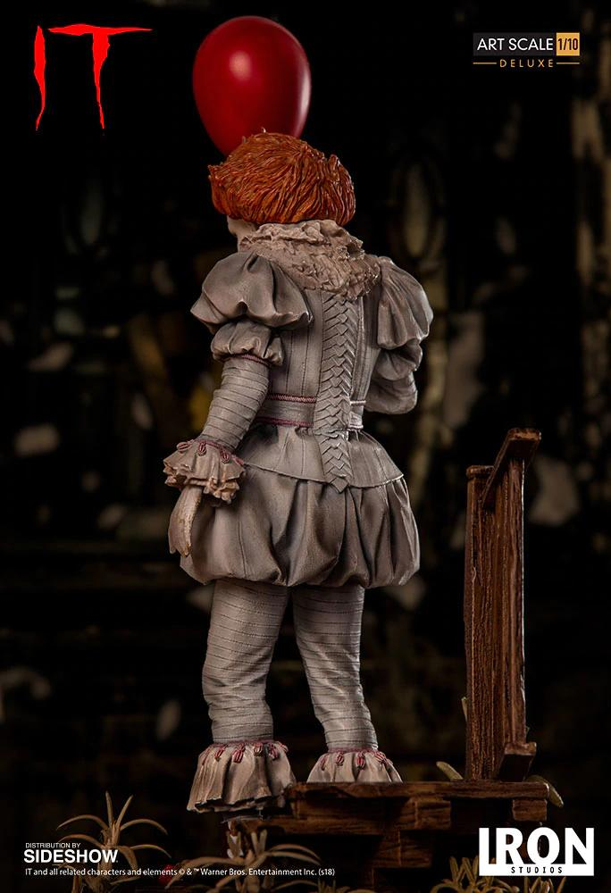 Sideshow Collectibles Pennywise Statue 4