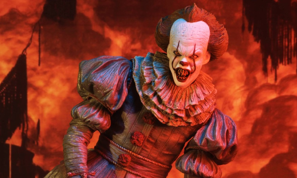 "NECA Presents New 7"" Pennywise: The ""Dancing Clown"" Figure, Releasing 2019"