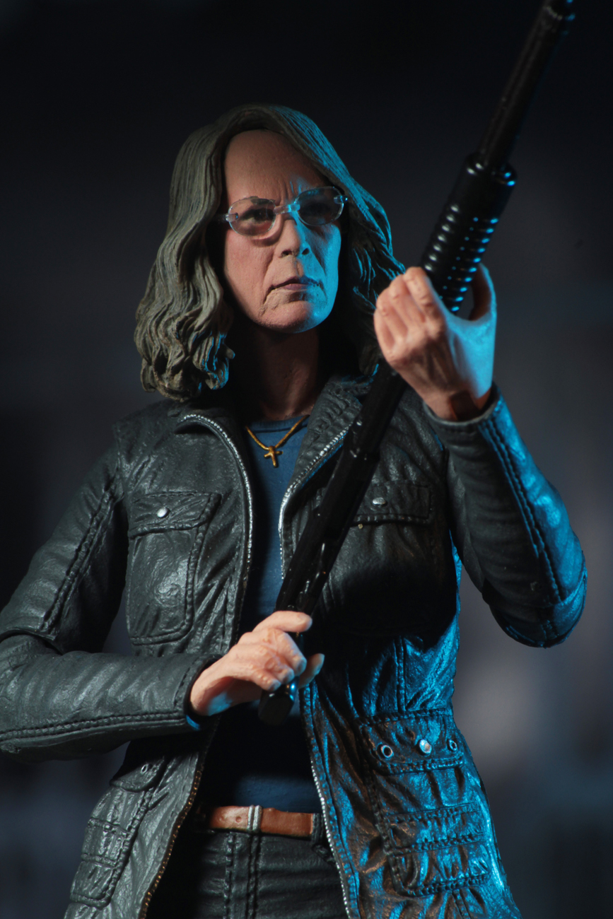 Ultimate Laurie Strode Action Figure 3