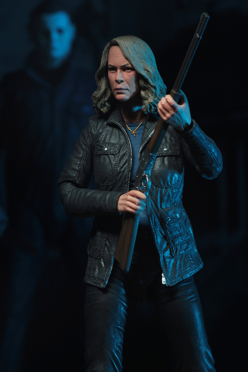 Ultimate Laurie Strode Action Figure 8