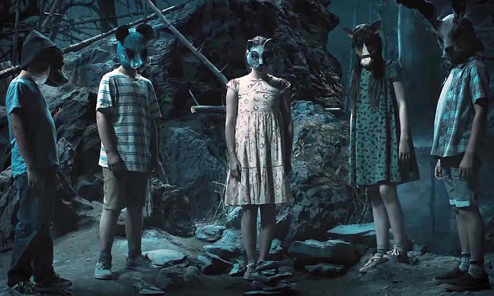 Review: 'Pet Sematary' Manages to Convey a Very Creepy and Foreboding Atmosphere