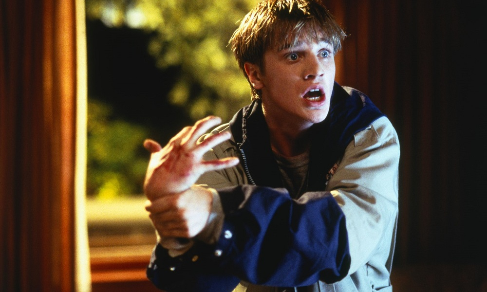"""Devon Sawa Would """"Love"""" to Return as Anton Tobias in a Sequel to 'Idle Hands'"""