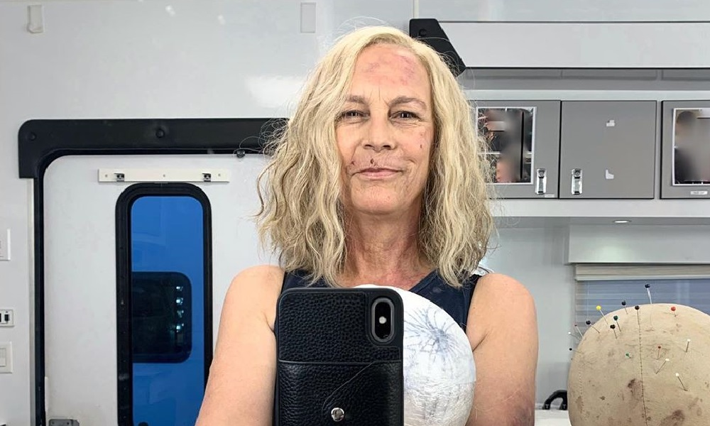 Jamie Lee Curtis Shares First Selfie as Laurie Strode on the Set of 'Halloween Kills'