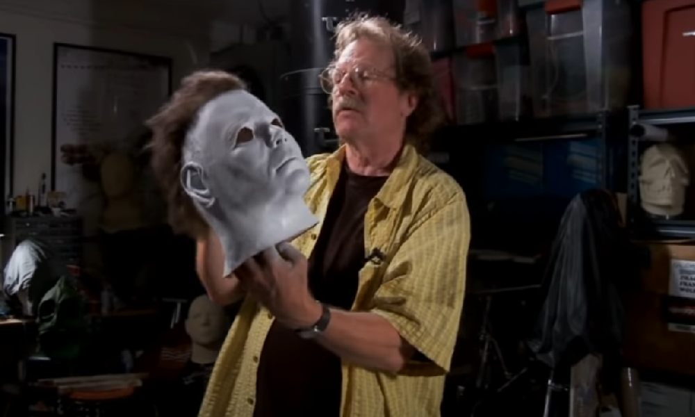 [Videp] Watch Tommy Lee Wallace Convert a Captain Kirk Mask into Michael Myers!